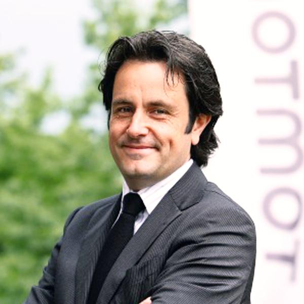 Dr. Carlo JT van de Weijer