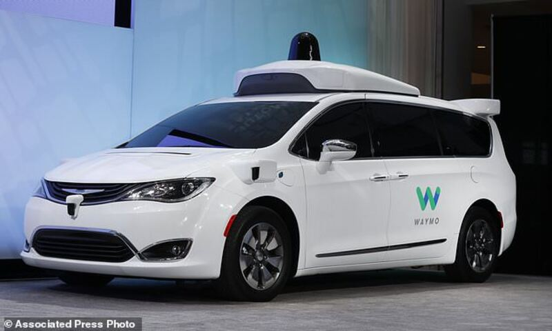 US safety agency seeks input on autonomous vehicle rules